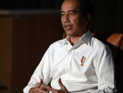 Presiden Jokowi Jangan Termakan Agenda Konyol Buk Mega!