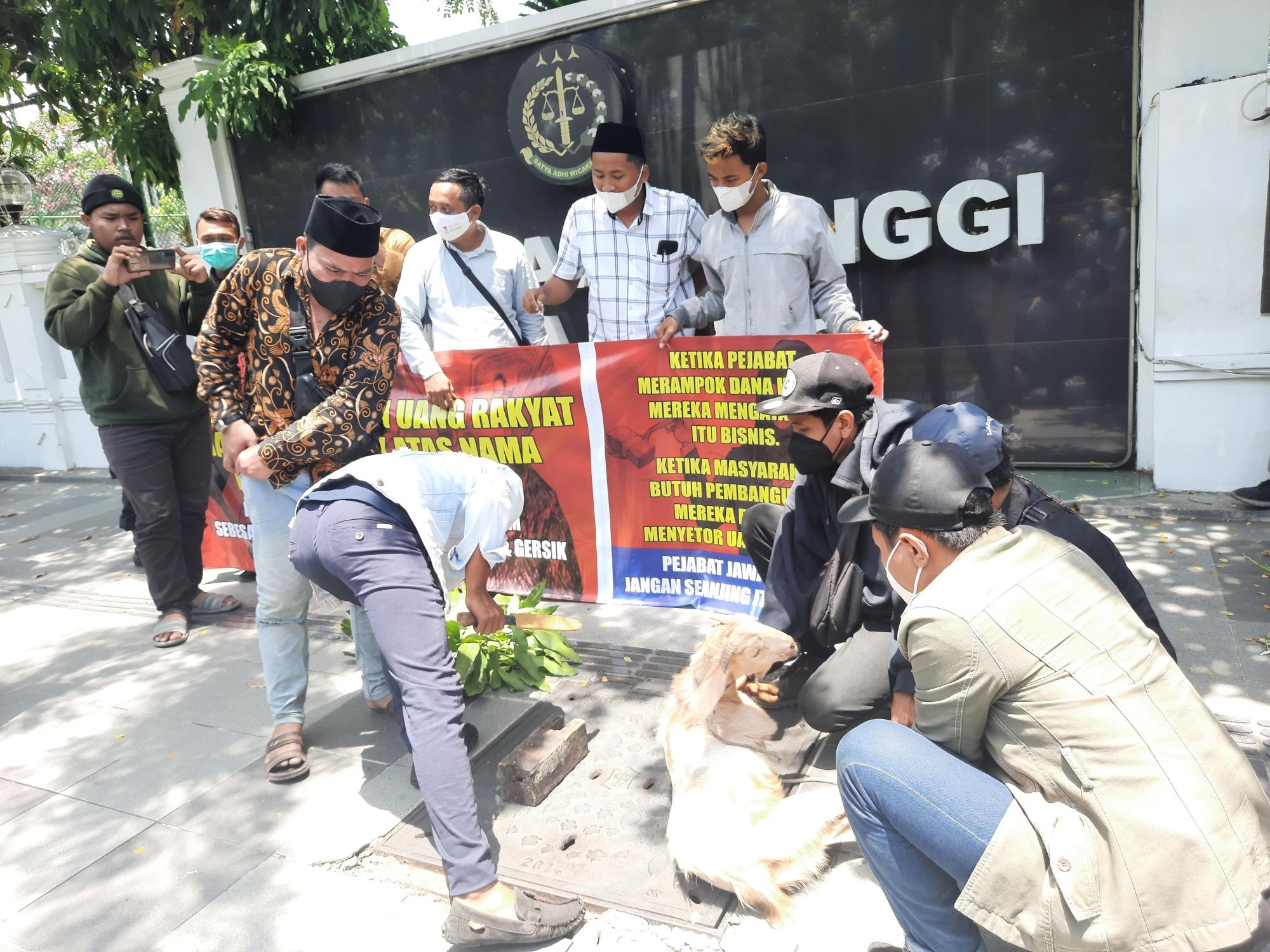 Dugaan Korupsi Dana Hibah dalam Pengadaan LPJU Sebesar Rp. 49 Miliar di Lamongan